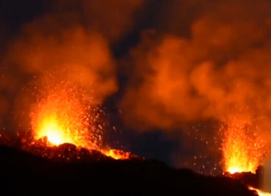 揭秘史上十大最剧烈的火山喷发:场景犹如世界末日(2)