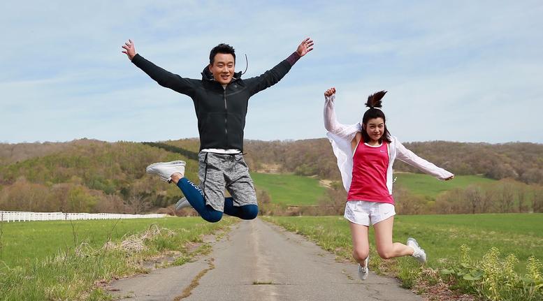 欢乐多!北海道马拉松陈妍希佟大为都跑嗨了