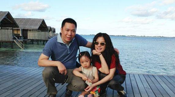 豪!曝赵薇夫妇砸1.38亿为女儿在新加坡购豪宅