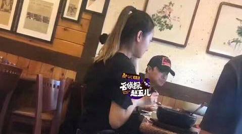 网曝陈思诚美国约会小3 与女伴共进午餐互叫宝宝