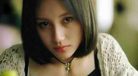 22岁的袁泉美炸了,看看这些旧照,真是美人在骨也在皮啊!