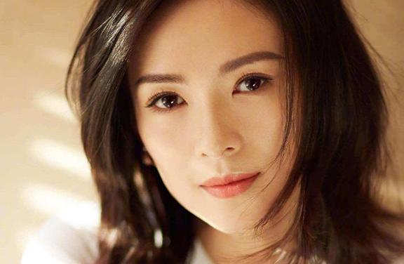 中年出演少女的章子怡,前男友每一个都不简单!