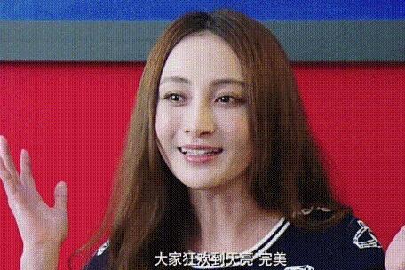 """文章马伊琍上新戏,姚笛不忘旧情留""""吻照"""""""