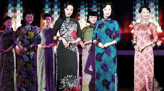 同是穿旗袍,赵丽颖刘亦菲美哭范冰冰显老,而她最美却不为人所知
