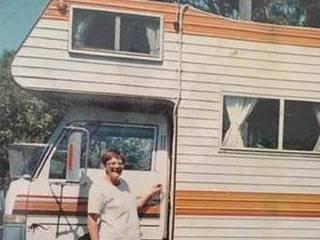 8旬老太在房车里住30年!